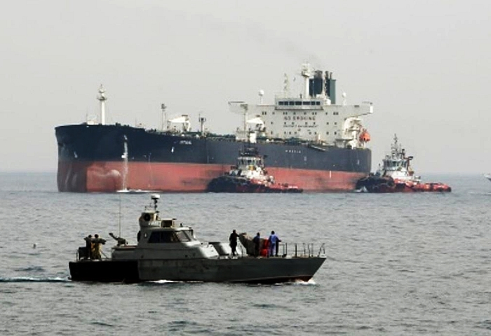 Iran to create new oil export route outside Gulf