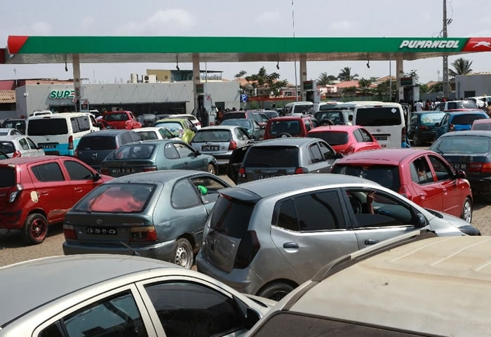 Oil-rich Angola suffering from oil scarcity