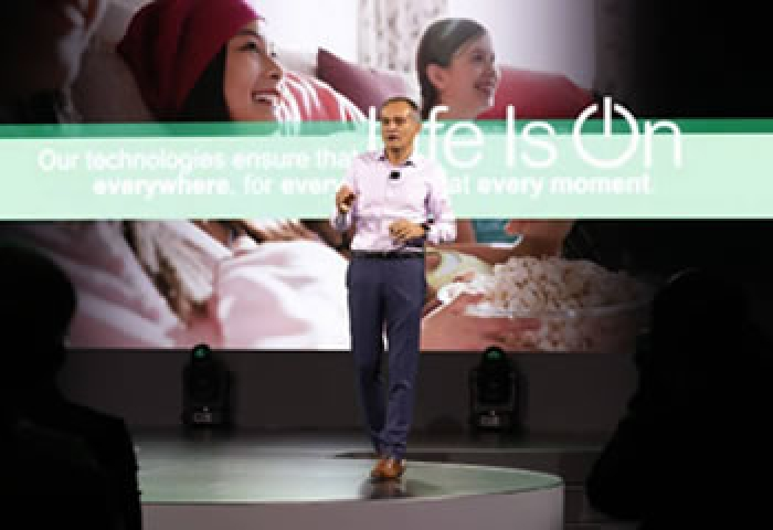 Schneider Electric demonstrates its industry-leading innovations at Innovation Summit in Singapore
